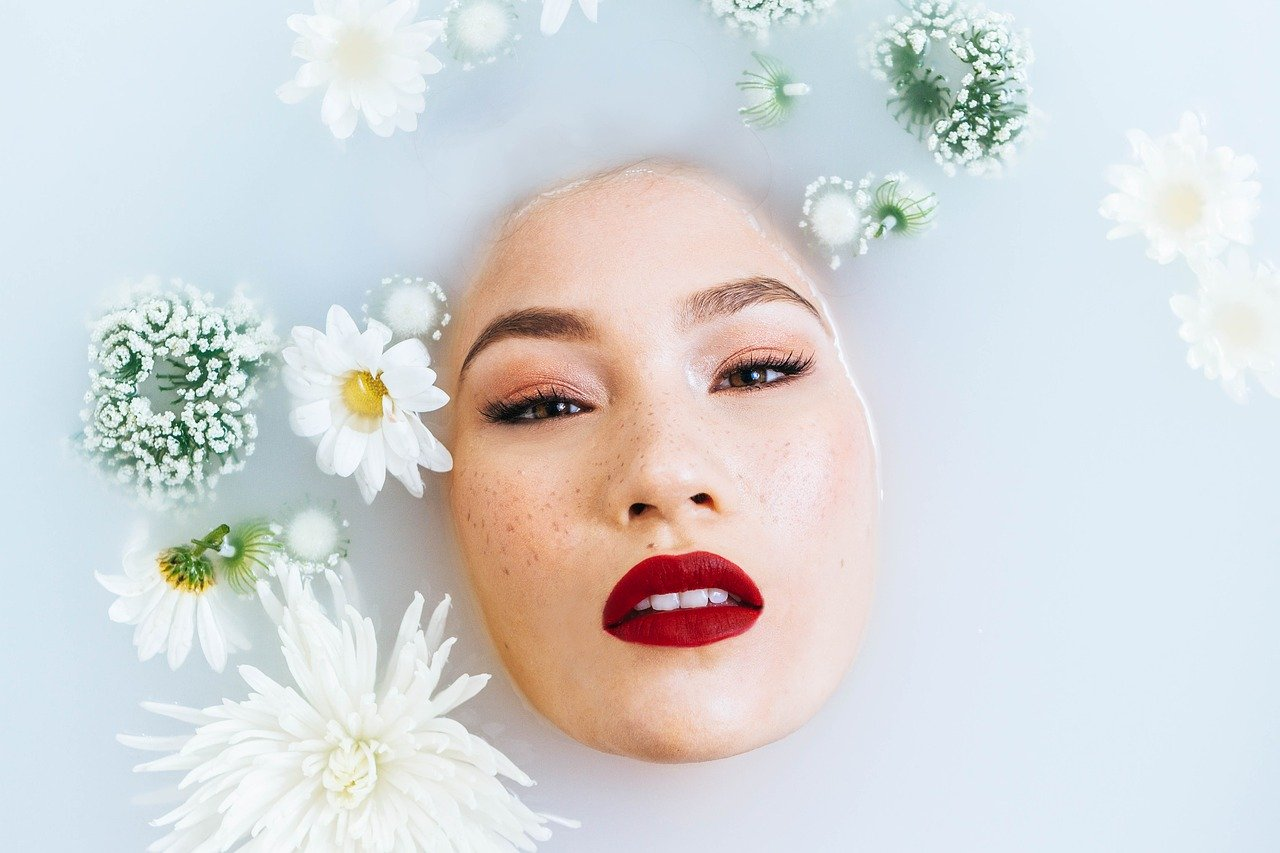 Sauna facial - image